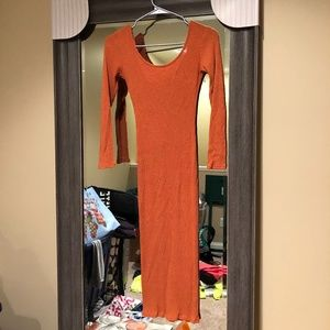 Ribbed orange Midi dress